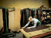 Lederfabrik Kilger - Gürtel schneiden
